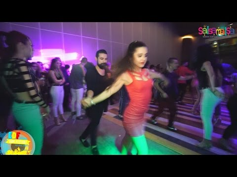 Hande Atalay & Onur Calapkulu Social Salsa | Music Dj Orhun | EDF 2017