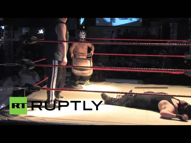 USA: Extreme Midget Wrestling looks like it hurts