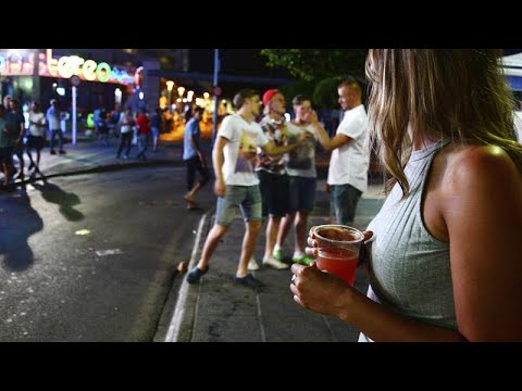 Baleares prohibe el turismo dedicado al alcohol