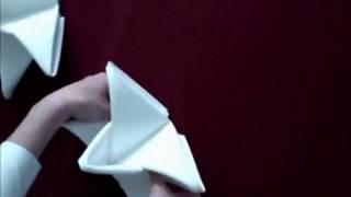 Hur man viker en 3D stjärna av en servett