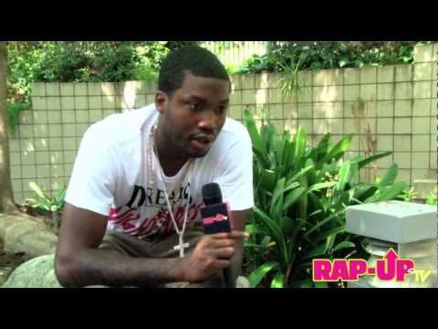 Meek Mill Interview With RapUp TV! Speaks About The Success Of His Mixtape, If He's Smashing Rihanna, Omarion Signing To Maybach Music & More