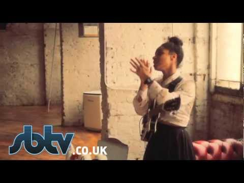 SBTV: Lianne La Havas &#8211; &#8220;Is Your Love Big Enough?&#8221; &#8211; A64 [Acoustic]