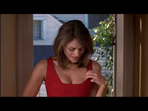 Elizabeth Hurley's perfect cleavage: My Favorite Martian