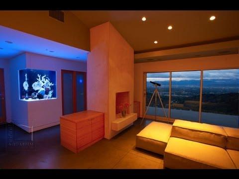 Corner Acrylic Aquarium Custom in Wall Corner Aquarium