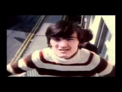 The Undertones - My Perfect Cousin (w/lyrics)