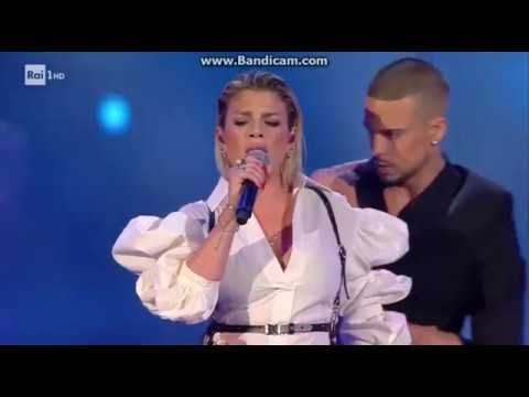 Emma Marrone - Wind Music Awards 2017 (You Don't Love Me)