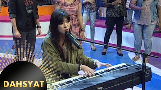 Si Cantik Bersuara Merdu Isyana Sarasvati 39 Keep Being You 39 Dahsyat 11 Nov 2015