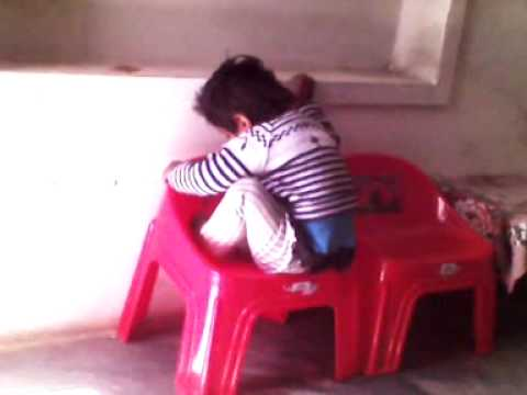 Funny Child Video.3gp video