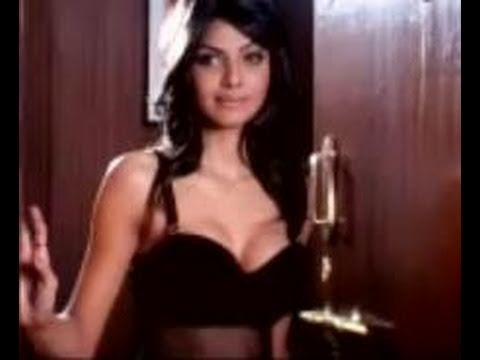 Hot scene from the movie Jawani diwani Emraan Hashmi and Sherlyn...