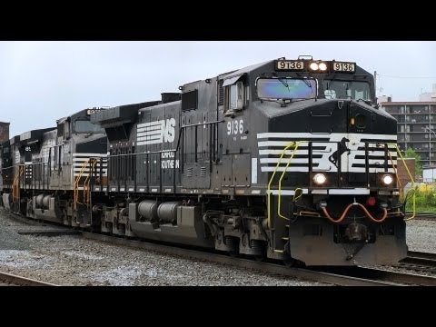 LONGEST TRAIN EVER! NS 9136 at Altoona (19MAY2013)