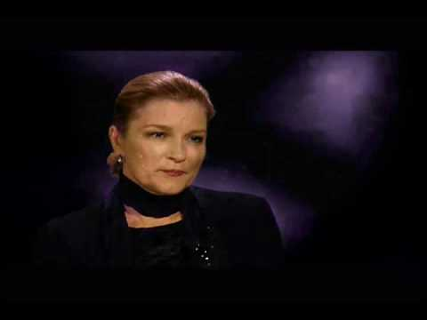 Mulgrew on Janeway 2 - Star Trek Voyager Bonus Tracks Video