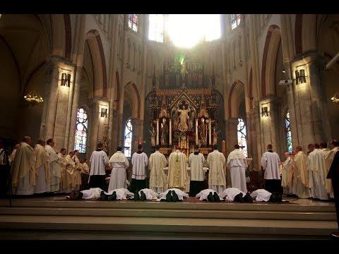 Święcenia Kapłańskie W Archidiecezji Łódzkiej 2017