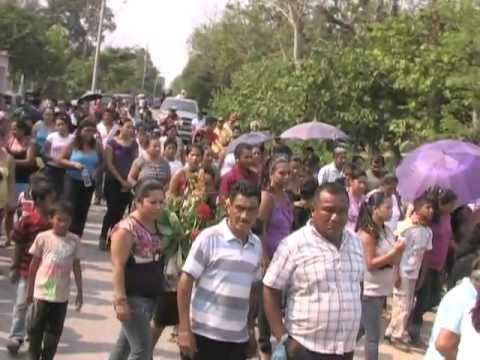 Funerales de niña asesinada.mpg