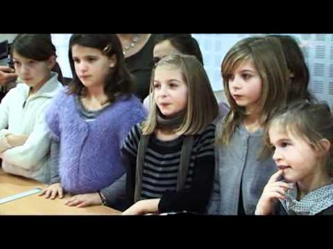 """XLTV - Le Mag : Sara """"Militante de l'image"""""""