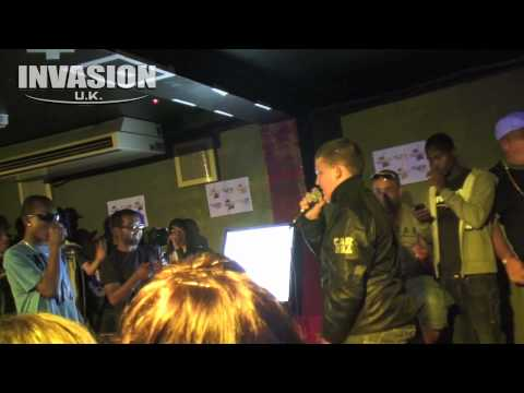 Step Up To The Mic Episode 2 - Lil Ray Vs Kush [Under 16's Final]
