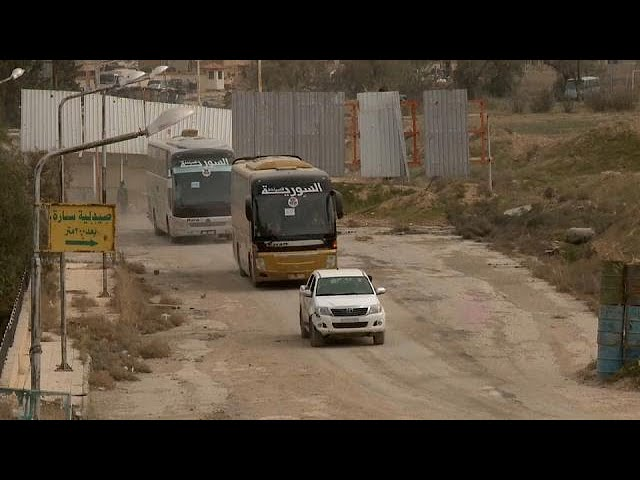 Ghouta exodus continues as Syrian army strengthens grip on city