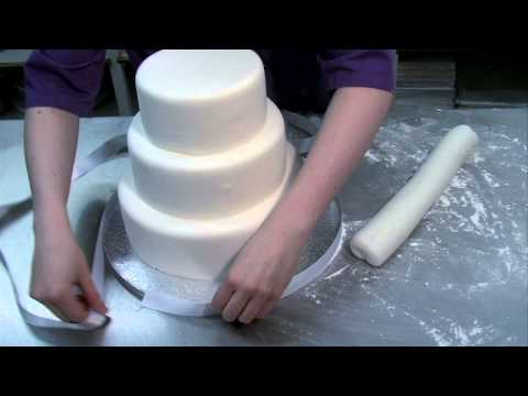 Beautiful easy to make Wedding Cake