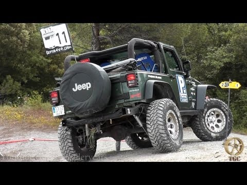 Jeep Wrangler Rubicon Off-Road Trial 4x4 -3