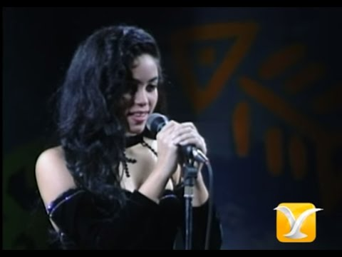 Shakira - Eres