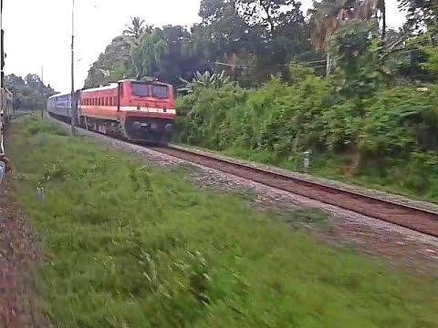 Bangalore - Ernakulam Intercity chasing Venad Express