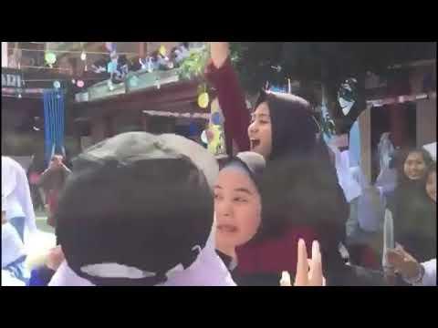 Porseni Pondok Pesantren Nurul Haramain Putri Narmada