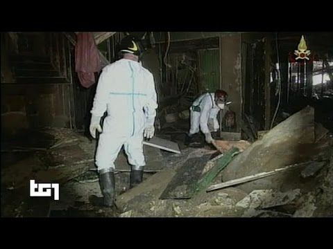 Costa Concordia search team look for last victim