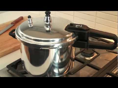 Como usar su olla a presi n imusa con george duran youtube for Cocinar con olla express