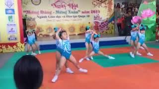 Bé My và nhóm múa diễn bài đạt giải Nhất cấp Quận năm 2019