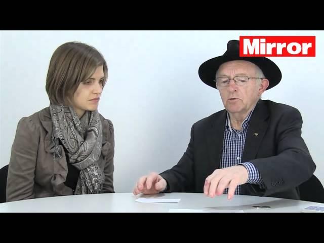 Paul Daniels performs amazing magic tricks for MirrorBingo.com