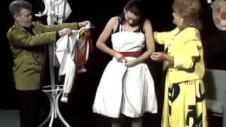 Zora Kolínska - Červené jabĺčko