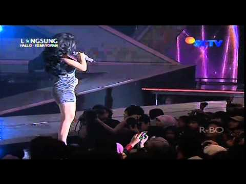 ZASKIA GOTIX Live At SCTV Music Awards 2013 (29-04-2013) Courtesy SCTV