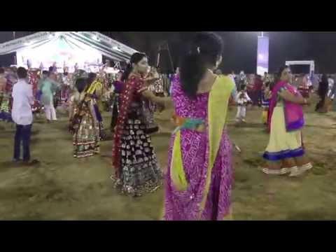 Live Garba 2014 - Lions Club Gandhinagar Navratri (27 Sep 2014...