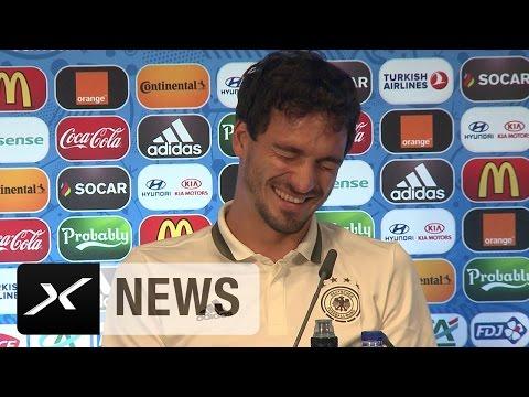 Journalisten-PK-Spaß dank Mats Hummels   Nordirland - Deutschland   EM 2016