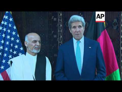 Kerry meets Karzai and Ghani in effort to diffuse voting crisis