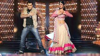 download lagu Salman Khan & Mouni Roy's Naagin Dance On Bigg gratis