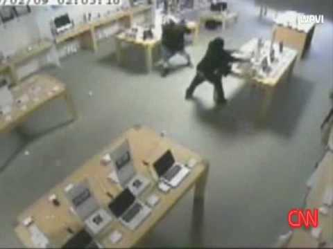 Apple Store Robbed in 30 Seconds