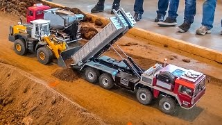 RC construction site action! Trucks, loader and dumper at work!