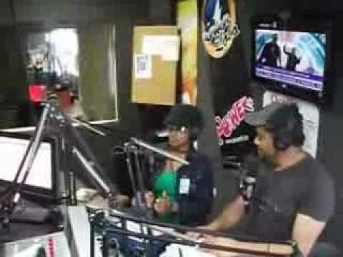 EL JAMES BOND DE LA RADIO POWER FM HONDURAS ENTREVISTA MONCHY Y NATHALIA CON EL JAMES BOND 2013