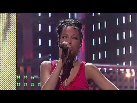"""Raffaëla singing """"Don't Be Cruel"""" by Elvis Presley - Finale - Idols season 3"""