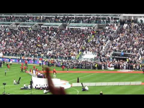 Premiazione Scudetto Juventus 2012 Buffon-Chiellini-Caceres