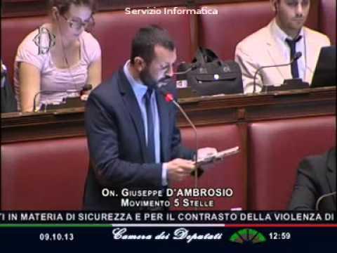 """Province, Giuseppe D'Ambrosio (M5S): """"Puntate a salvare politici locali che rischiano il posto"""""""