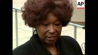 USA: DENVER: TERRY NICHOLS TRIAL: VICTIM'S SISTER SHOWS RAGE