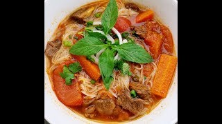 How to make Vietnamese Beef Stew with Pho Noodles or French Bread - Bo Kho