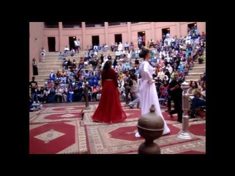عروض المرأة المراكشية بالمسرح الملكي تبهر العالم.