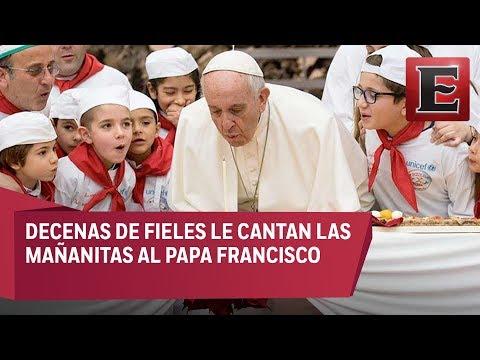 El Papa Francisco festeja su cumpleaños junto a niños y fieles