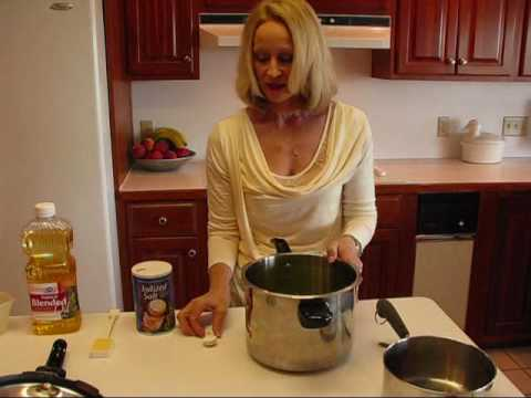 Betty's Country-Style Pressure Cooker Green Beans Recipe