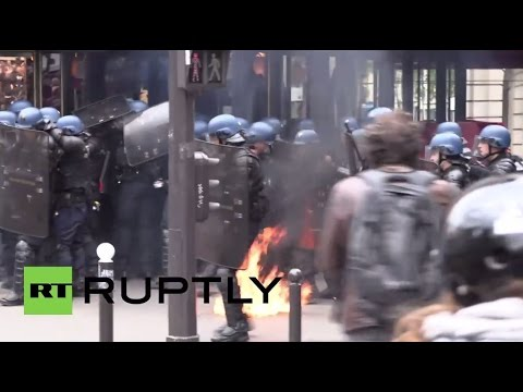 France: Molotov cocktails fly at explosive labour reform protest in Paris
