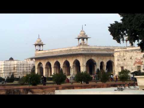 TAJ MAHAL AND DELHI TOURIST PLACES