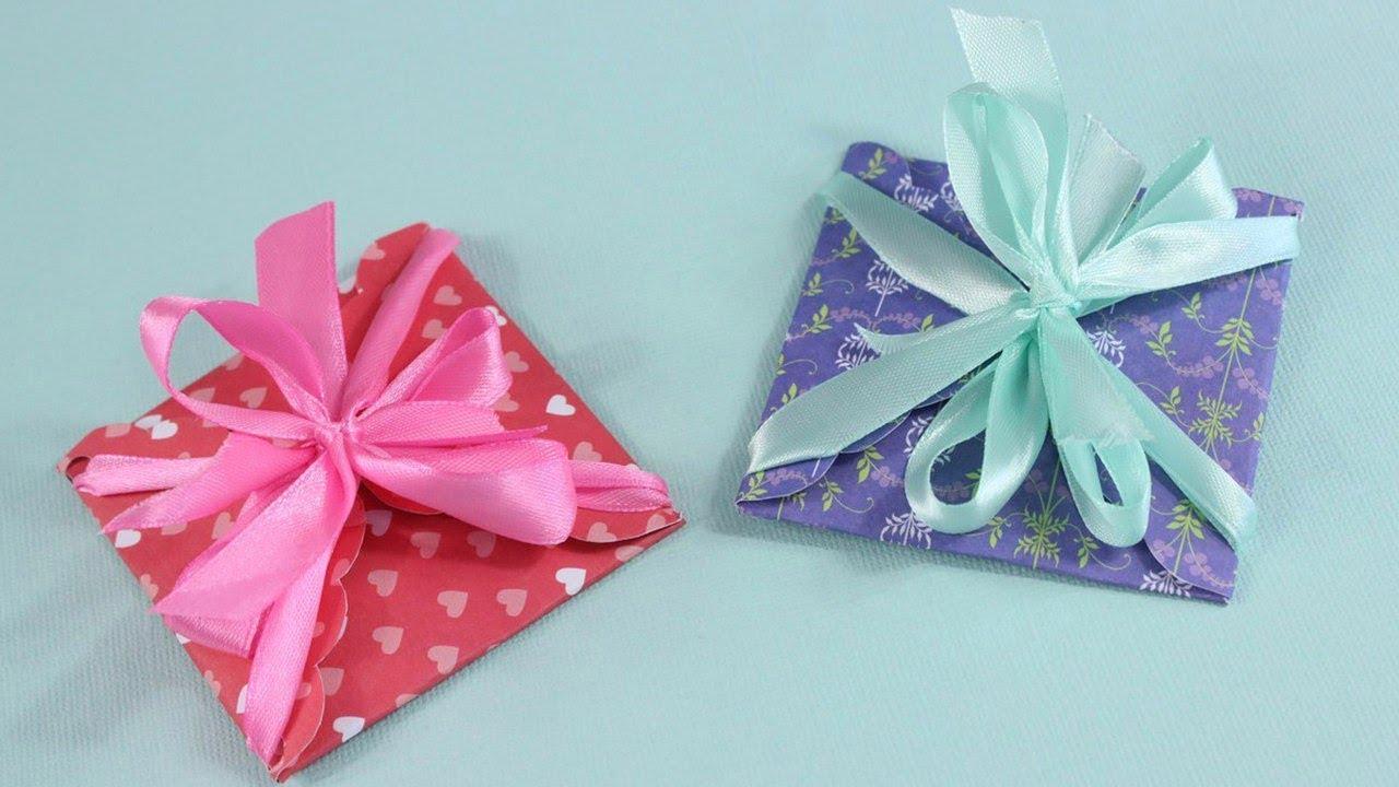 Как сделать подарочный конверт из подарочной бумаги своими руками