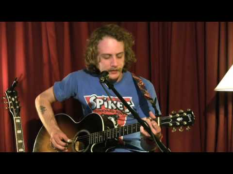 Deer Tick - Spend The Night